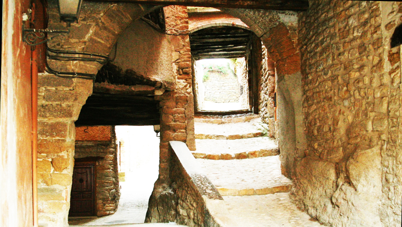 Ager medieval village